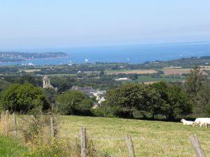 Locronan, vue sur la baie de Douarnenez